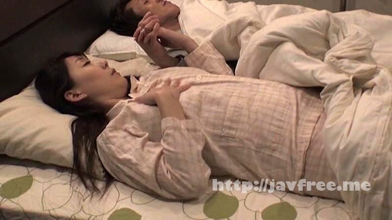 [NACR-037] 酔って寝ている夫の隣で上司に寝取られた巨乳妻 橘優花