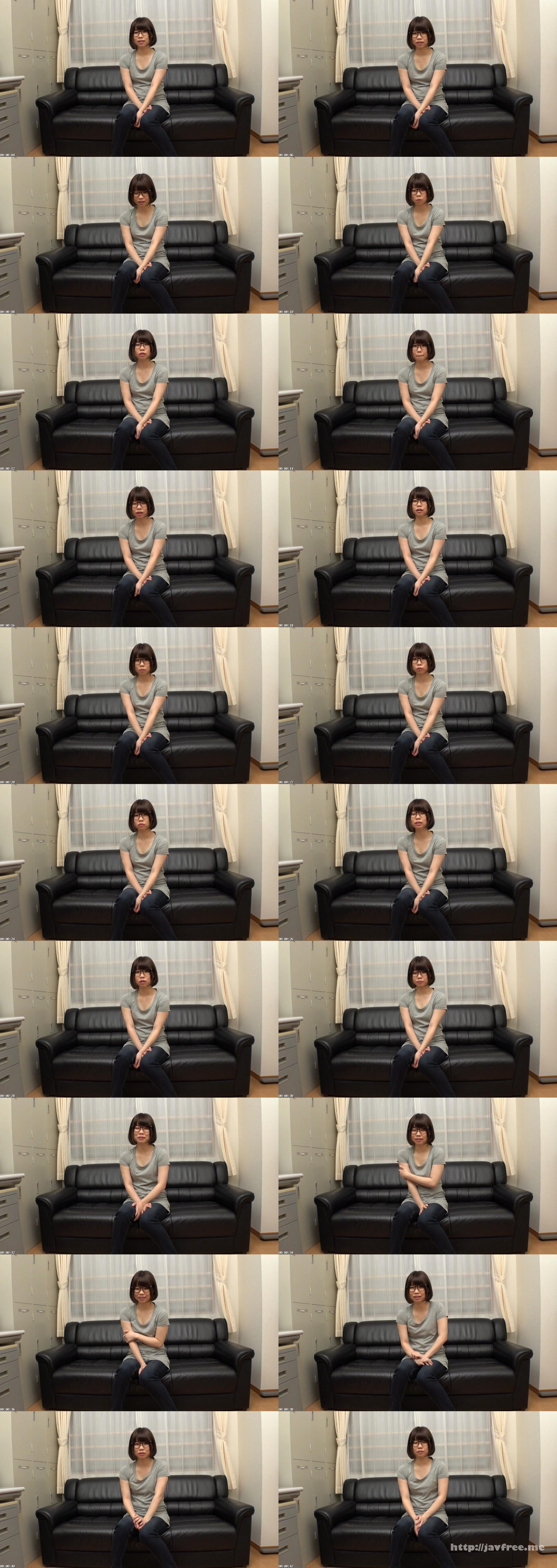 [AMBI 073] ハンバーガー屋でバイトに励むブサカワのカメラ女子学生 松浦さん AMBI
