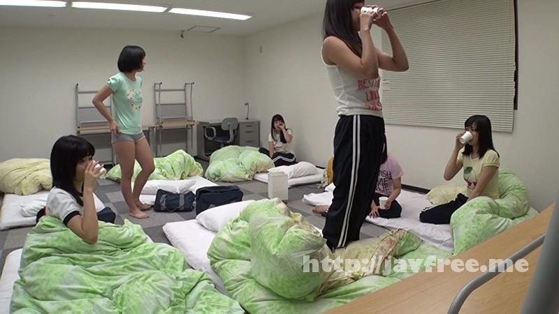 [AOZ-240] 部活動合宿で睡眠薬夜這いをする顧問教師の記録映像