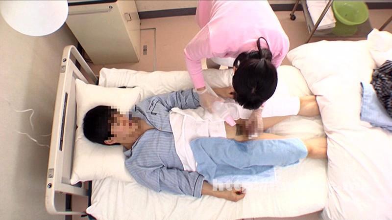 [DANDY 419] 「『おばさんで本当にいいの?』若くて硬い勃起角度150度の少年チ○ポに抱きつかれた看護師はヤられても本当は嫌じゃない」VOL.3 DANDY