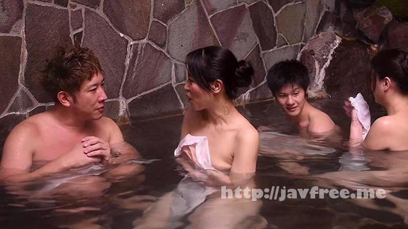 [DANDY 463] 「『おばさんを興奮させてどうするの?』温泉旅館でヤりまくりSPECIAL 王様ゲームで勃起した青年チ●ポを押しつけられたおばさん妻は嫌がりながらも本当はママ友に自慢したい」VOL.1 DANDY