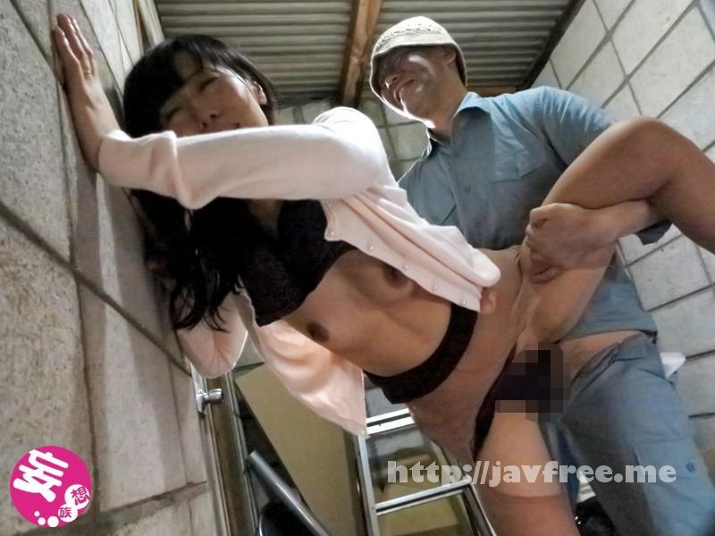 [EMBZ 082] ザ・人妻無限輪姦レイプ! 負の連鎖 放尿主婦は犯され続けた… 森下麻子 EMBZ