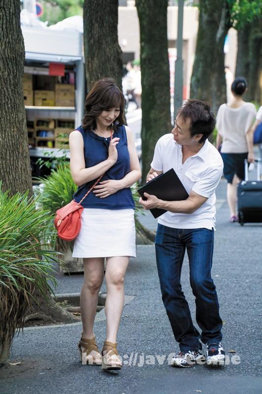 [EQ 259] リアル巨乳妻口説き! 秘儀イカセ術で昇天しまくり美熟女中出しFilm EQ