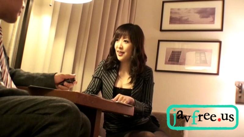 [HAVD 747] 若い女保険外交員は契約が取りたいので勃起チ○ポを見せられて HAVD