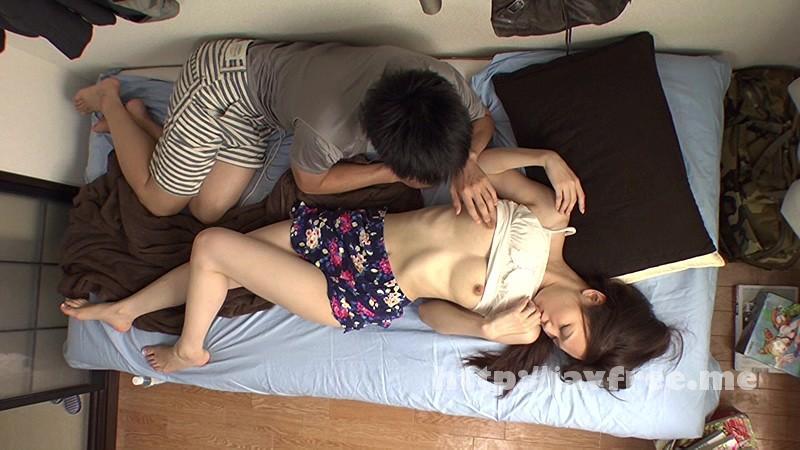 [HAWA 031] 浮気願望のある素人妻が夫に内緒で…自宅から徒歩10分『はじめまして…』ひとり暮らし大学生の '風呂有り''コンドーム無し'アパートに一泊二日の旅 HAWA