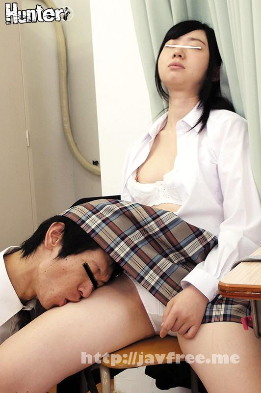 [HUNTA 240] 揉んでも舐めても起きないんです!調子に乗って指をマ○コにいれたらびしょ濡れ!?放課後の教室に忘れ物を取りに戻ると、毎日ボクをいじめてる女子が爆睡中。しかもいつもあんなに威勢がいいのにすんごい可愛らしいブラやパンツがチラ見え!よーし、日頃の仕返しだ!寝て… HUNTA