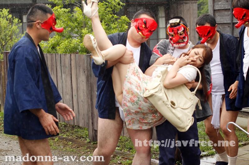 [JUX 433] 美熟女本物ハード作品!!ぶっかけの儀式 村人専用のザーメン便器になった人妻 翔田千里 翔田千里 JUX