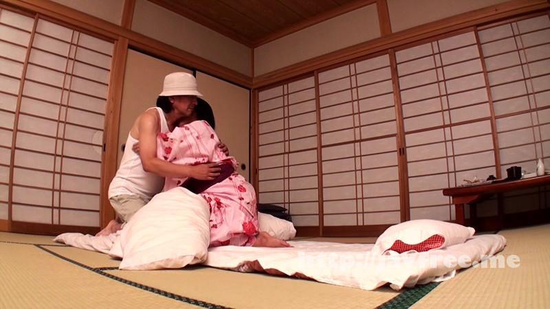 [KIRA 0005] 湯けむり熟女〜温泉旅情 未亡人ひとり旅 ますみ 五十二歳 小堺真純 KIRA