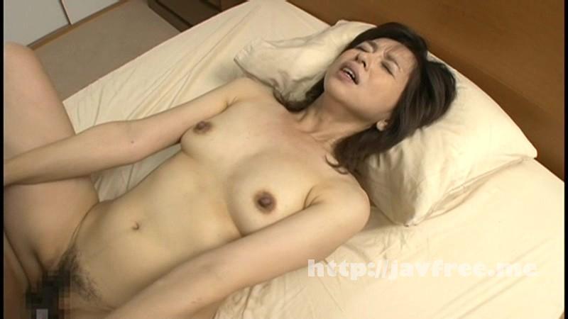 [NUKA 04] 欲求不満の母と絶倫息子 抜かずの三発中出し 神崎久美 神崎久美 NUKA