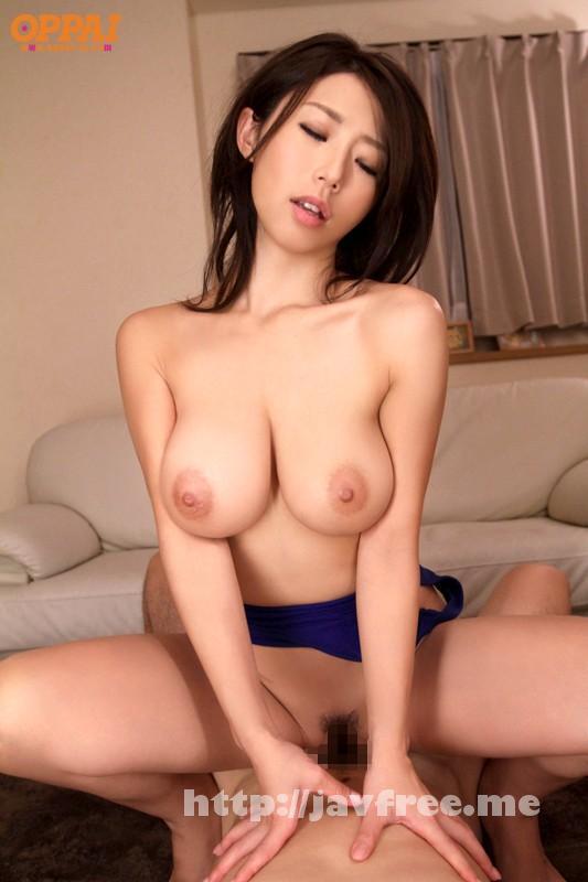 [PPPD 351] 彼女のお母さんは巨乳と中出しOKで僕を誘惑 篠田あゆみ 篠田あゆみ PPPD