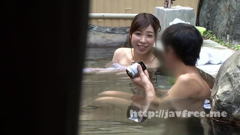 [SDMU 153] 温泉街で見つけた一般男女が出会ってすぐに「混浴モニター体験」初対面でいきなり裸同士!の即席カップルは、入浴中に火が付くまで何分? 4 お互い既婚者同士SP!! SDMU