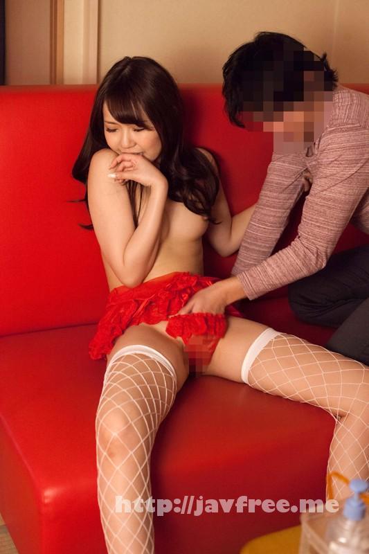 [SHE 179] タブーに挑戦!!ウブそうなピンサロ嬢を気持ちよくさせてお店にバレないように生挿入!! SHE