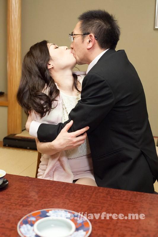 [SHE 180] 四十路ギリギリ!お見合い熟女 結婚したいからご奉仕しまくり年増潮乱れ吹き! 氷崎健人 SHE