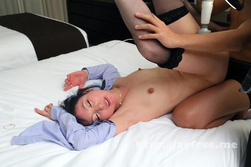 [SHE 247] 熟女ナンパ久々に花開く密室の素顔20人4時間 SHE