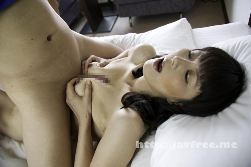 [SHE-321] 熟女ナンパ恥じらいを捨てた淫乱熟女 12人4時間