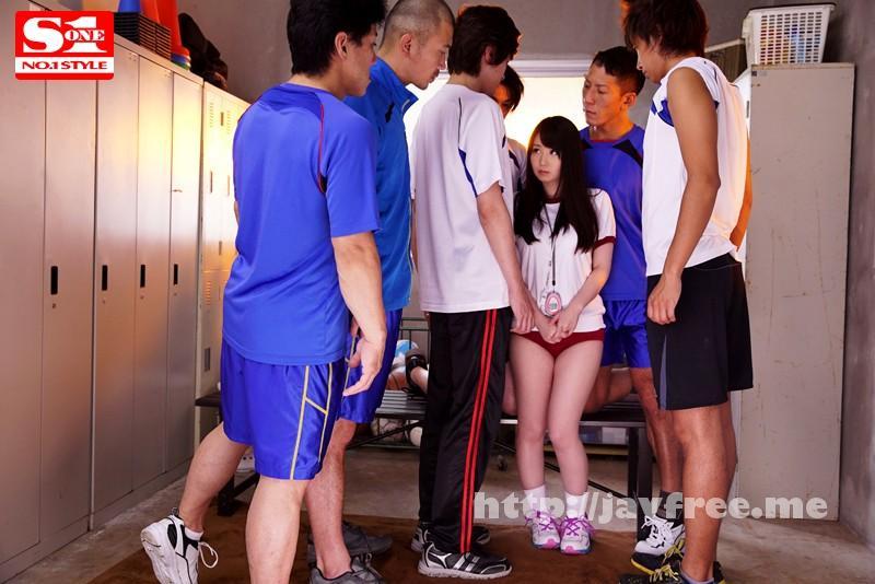[SNIS 546] 大柄なバレー部員達の性処理マネージャーは小柄で隠れ巨乳のいいなり娘。 あいか 149cm 夢乃あいか SNIS