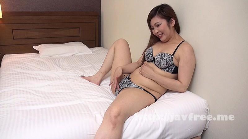 [SUDA 014] バツイチ子持ちの関西パイパン熟女。初めてのAV出演で見せた欲情とドスケベな素顔…。33歳大阪在住素人 SUDA