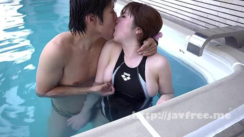 [SW 273] ハミ出しそうな競泳水着に辛抱たまらん僕は、健康的でプリプリ身体の女子達にモッコリが見つかってオモチャにされちゃいました。 SW