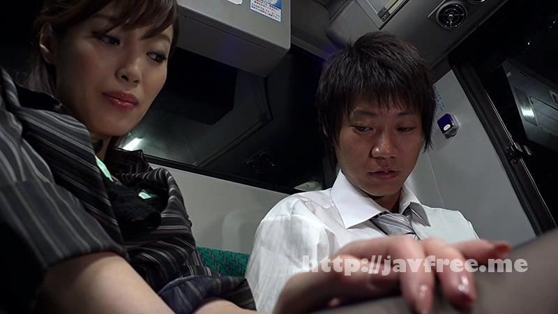 [SW 293] 通勤バスはギュウギュウの満員で目の前には黒パンストのOLだらけ!どうしようもなく興奮しちゃった僕は生チ○コ擦りつけたら握り返してきた 2 SW