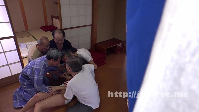 [SW 342] 「お爺ちゃんだから油断しちゃった!」近所のイタズラ爺さん達に着替えを覗かれ復活した性欲に串刺しにされた若妻達 SW