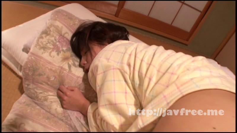 [T28 353] 二人の可愛い妹たちと仲良く寝ていた俺は、とりあえず左隣で寝ている妹とSEXした。 辻井ゆう 葵こはる 有本紗世 川越ゆい えりか T28