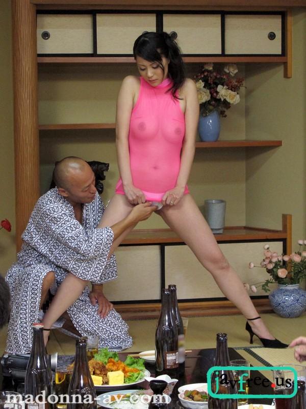 [HD][JUC 707] 人妻の恥ずかしいお仕事 ~美尻ピンクコンパニオン宴会羞恥~ 愛田奈々 愛田奈々 JUC