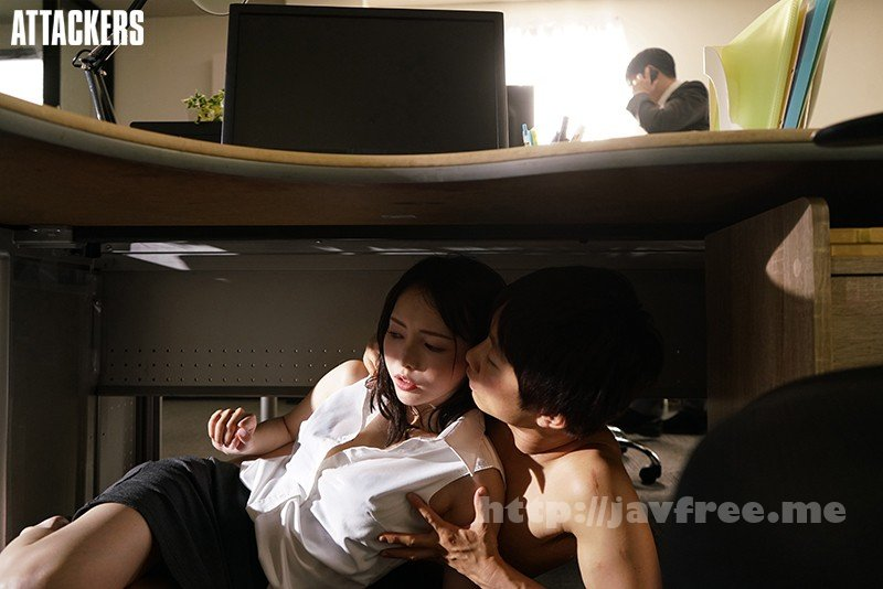[HD][ADN-326] エアコンの壊れた真夏のオフィスで、憧れの女上司と汗だくセックス。 広瀬りおな - image ADN-326-3 on https://javfree.me