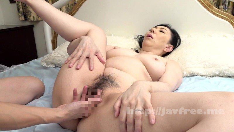 [HD][AED-181] 近親相姦 還暦のお母さんに膣中出し 三枝由梨