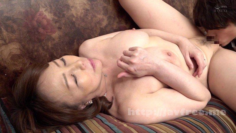 [HD][AED-184] 近親相姦 五十路のお母さんに膣中出し 真田紗也子 - image AED-184-11 on https://javfree.me