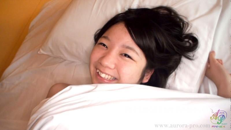 [APKH-002] 美少女の若草のような匂いを愉しみつつ、精が果てるまで出しまくったお泊りセックス。 白井ゆずか - image APKH-002-16 on https://javfree.me