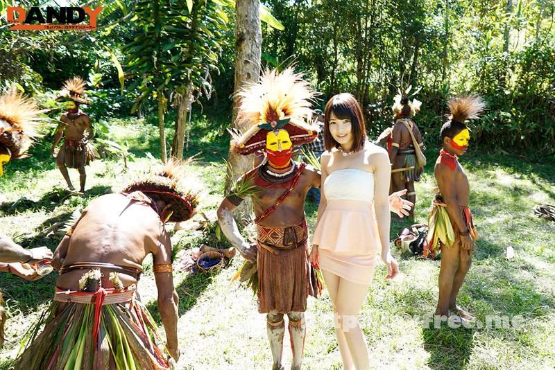 [AVOP-108] 「野性の王国」2015 橘花音 地球最後の秘境で5万年前から変わらぬ生活を続ける原住民に日本のエロ文化を手取り足取り教えて生でヤる - image AVOP-108-2 on https://javfree.me