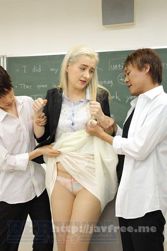 [BDA-124] 恥辱の教室 外国人女教師サーシャ - image BDA-124-13 on https://javfree.me