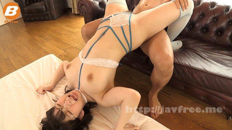 [HD][BF-555] 地元のスイミングクラブに通う女子大生に裸よりも恥ずかしい水着を着せて絶叫エビ反り性交 宝田もなみ - image BF-555-2 on https://javfree.me