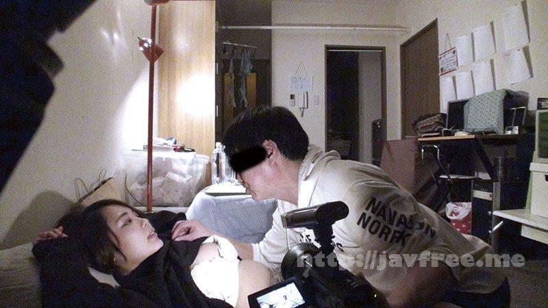 [HD][C-2544] 酔いつぶれた旦那さんのすぐ側で奥さんを寝取る12