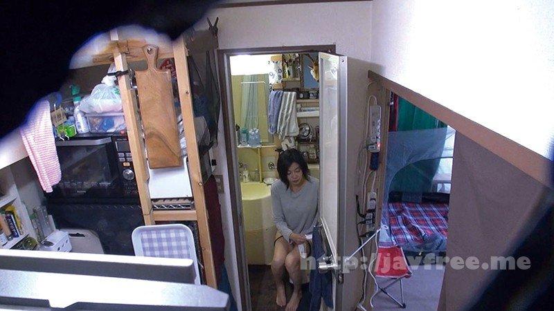 [HD][C-2618] 自分の部屋に泊まることになった妻の女友達 「人妻頼恵さん(仮名)四十五歳」に当然のように手を出してしまうワタシ - image C-2618-11 on https://javfree.me
