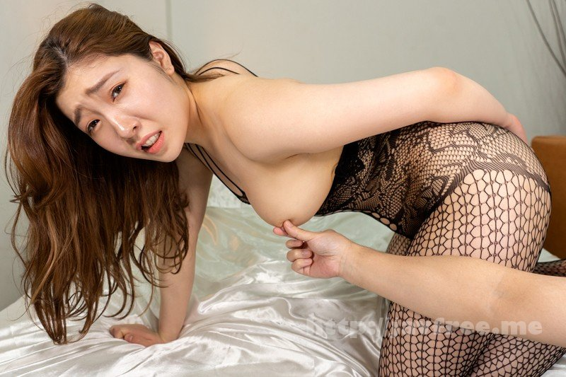 [CAPI-152] 【VR】妻不在、在宅ワーク中の夫に迫る下着訪問販売員 美波沙耶 - image CAPI-152-12 on https://javfree.me