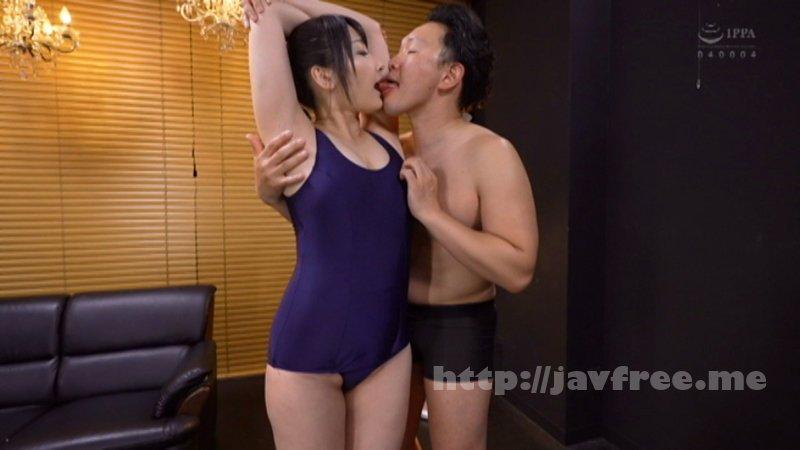 [4K][CEMD-033] ブルマを履いた淫乱人妻の股間!久しぶりに肌に触れるナイロンの感触が人妻をただの雌にする。 - image CEMD-033-11 on https://javfree.me