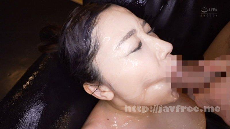 [4K][CEMD-033] ブルマを履いた淫乱人妻の股間!久しぶりに肌に触れるナイロンの感触が人妻をただの雌にする。 - image CEMD-033-20 on https://javfree.me