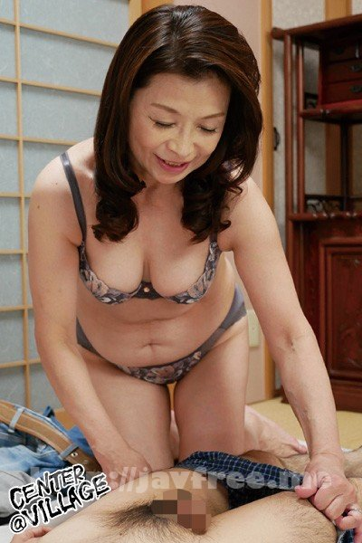 [HD][CHERD-73] 「初めてがおばさんと生じゃいやかしら?」童貞くんが人妻熟女と最高の筆下ろし性交 遠田恵未