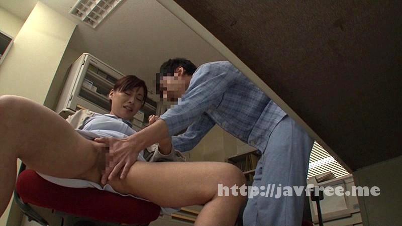 [DANDY-419] 「『おばさんで本当にいいの?』若くて硬い勃起角度150度の少年チ○ポに抱きつかれた看護師はヤられても本当は嫌じゃない」VOL.3 - image DANDY-419-4 on https://javfree.me