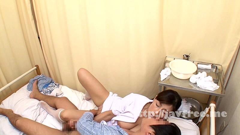 [DANDY 445] 「『おばさんで本当にいいの?』若くて硬い勃起角度150度の少年チ○ポに抱きつかれた看護師はヤられても本当は嫌じゃない」VOL.4 DANDY