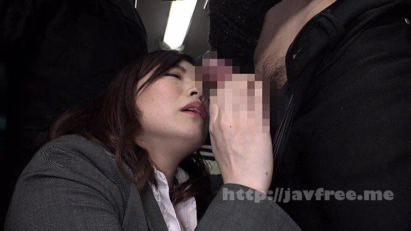 [HD][DANDY-582] 「『そんなに触ったら…おばさんここでセックスしたくなっちゃう』無意識に胸が密着してしまい真面目な青年を痴漢師に変えてしまう迷惑巨乳女」VOL.1 - image DANDY-582-13 on https://javfree.me