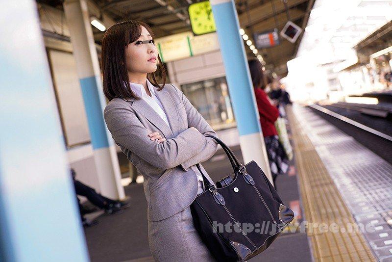 [HD][DANDY-642] 「満員電車で周りを無意識に挑発する美尻女はタイトスカートにぶっかけられ発情するまで何発?」VOL.1 - image DANDY-642-1 on https://javfree.me