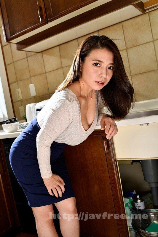 [HD][DANDY-724] 欲求不満を隠せないぴったり着衣爆乳で無自覚に挑発してしまう人妻は大きな胸を揉まれても拒めない - image DANDY-724-10 on https://javfree.me