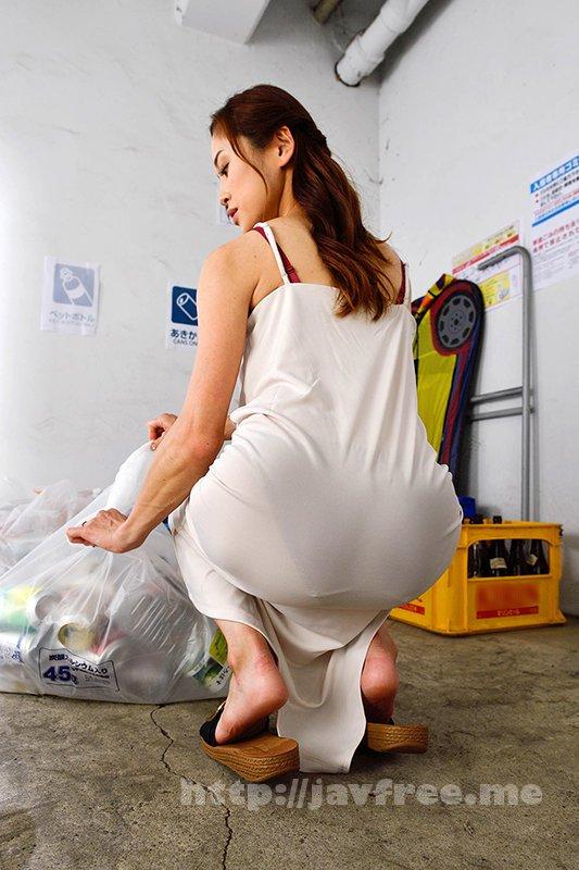 [4K][DANDY-779] ゴミ集積場でタイトワンピが透けすぎてパンツが丸見え状態の奥さんと2人きり!無意識に誘惑してくる透けパン尻がエロすぎるので今から即ハメします。 - image DANDY-779-10 on https://javfree.me
