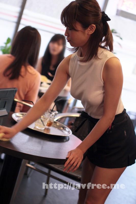 [DGL-023] 着衣おっぱいカフェ店員 山口優香 - image DGL00023-8 on https://javfree.me