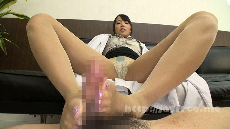 [DMOW-073] 小便ドクター 友田彩也香 - image DMOW-073-14 on https://javfree.me