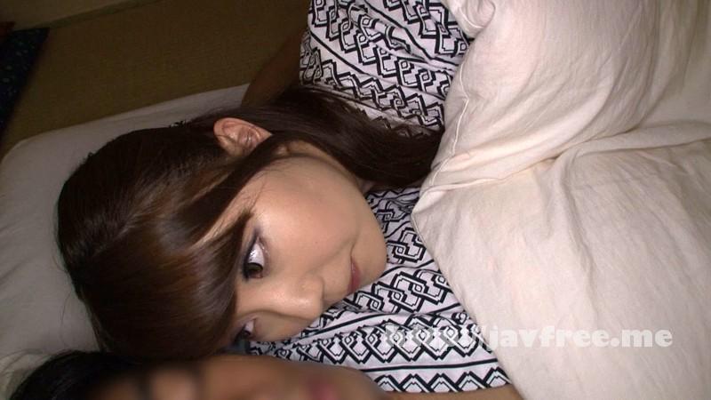 [DOHI-007] 逆夜這い 気持ち良くて目を覚ますと予想だにしない女の子が僕のチ〇ポをしゃぶっていた。 - image DOHI-007-2 on https://javfree.me