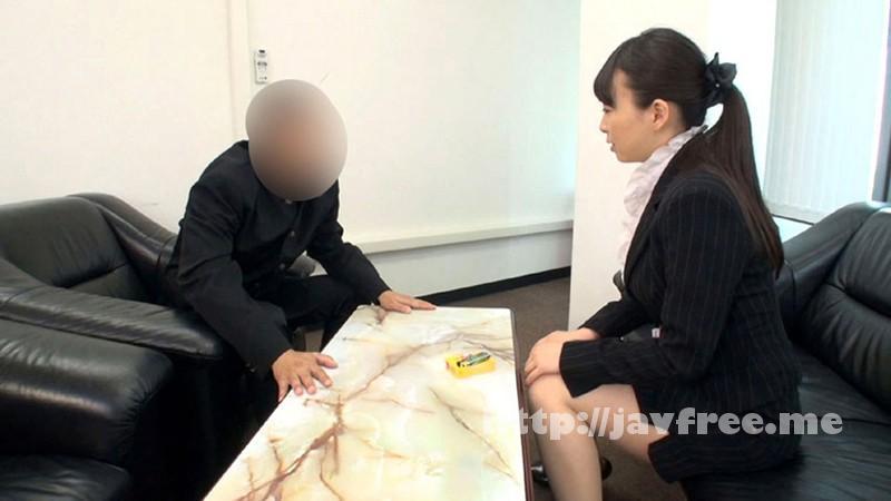 [DOHI-025] 未婚で彼氏もいないアラサー女教師は、溜まった欲求不満を男子生徒の生チ○ポで解消している! - image DOHI-025-1 on https://javfree.me