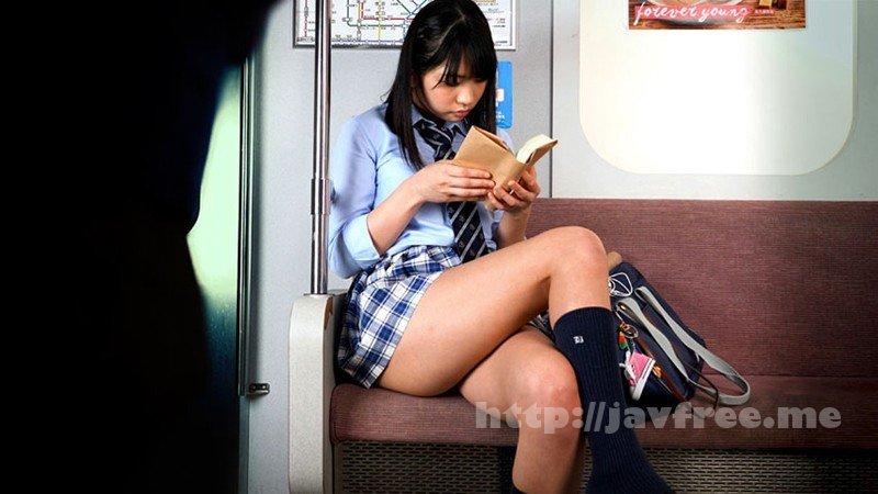 [HD][DOKS-438] 制服美少女の電車パンチラ ミニスカむっちり美脚の奥に覗く純潔パンティを画面いっぱいでじっくり抜きたい貴方へ - image DOKS-438-12 on /